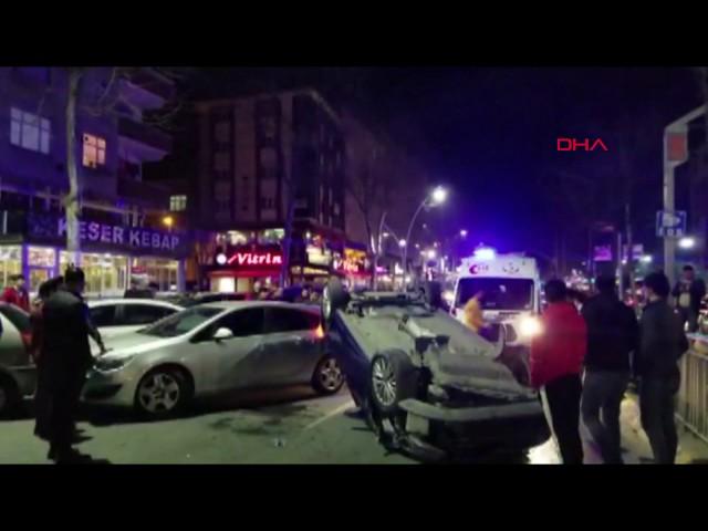 Sultangazi'deki otomobilin kaza anı kamerada