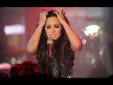 Why is Demi Lovato On Break From Twitter?