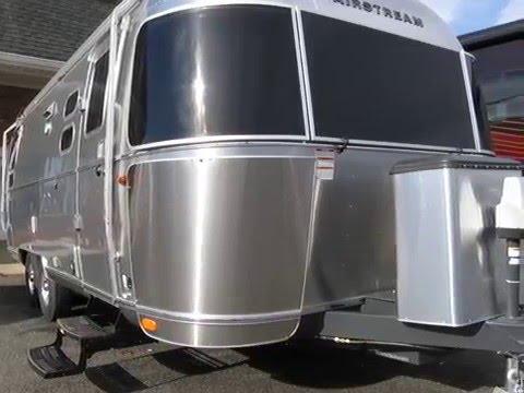 Perfect 2016 Airstream Flying Cloud 25B Rear Sleeping Camper Travel Trailer | FunnyDog.TV