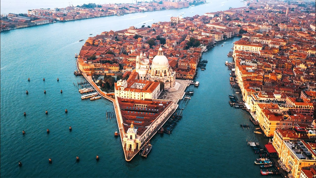 Watch Venice's New $7 Billion Flood Defense System in Action