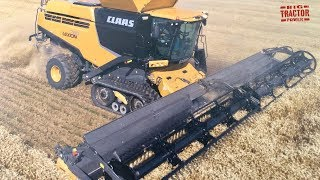 CLAAS Lexion 780TT Combine Harvesting Wheat
