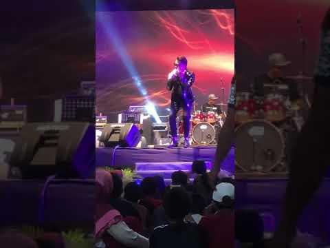 Hael Husaini - Jampi (Konsert R&B by Negeri FM)