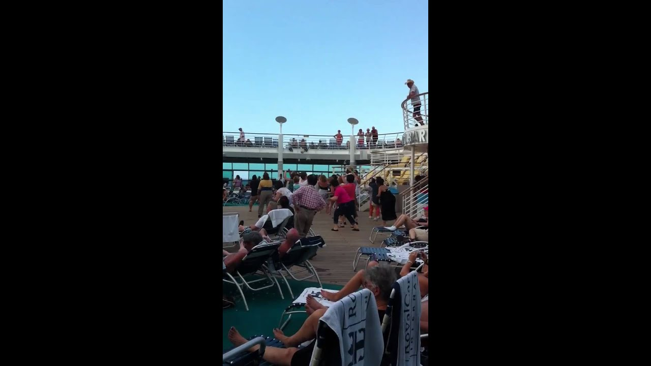 Old Guy Dancing On Cruise Ship - YouTube