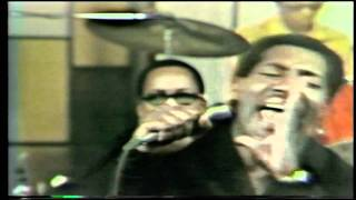 """Otis Redding Performs """"Respect"""" on December 9, 1967"""