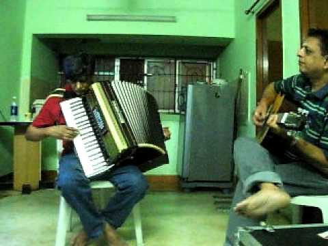 Thamizhukkum amudhendru per in Piano Accordion