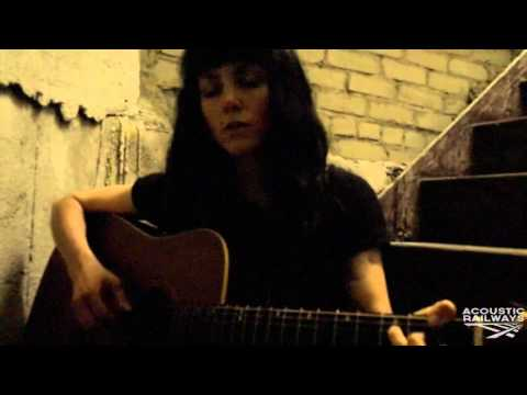 Edith Crash | Octobre| Acoustic Railways