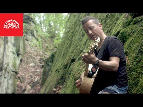Petr Bende - Utonout (oficiální video)