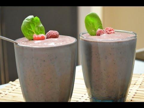 Fruit And Veggie Smoothie Recipes: Blueberry, Raspberry, Spinach And Avocado Smoothie
