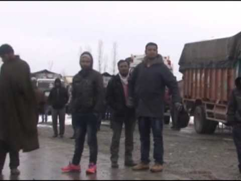 Arterial Indian Kashmir highway reopens for vehicular traffic