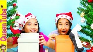 Switch Up Box Christmas Challenge ถุงเท้าใคร?! เกมสุดฮา สลับกล่องปริศนา ตกแต่งต้นคริสต์มาส😂😜🎄