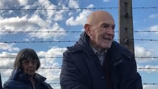 Durante la visita dei parlamentari italiani ad auschwitz-birkenau, sami modiano racconta sua esperienza. 31 ottobre 2018.