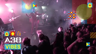 De Staat - Input Source Select // Live 2019 // A38 Vibes
