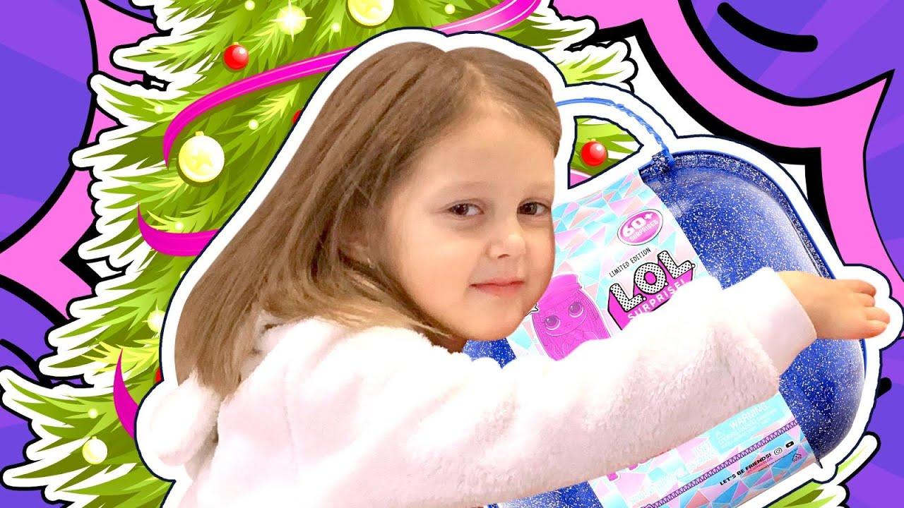 Новогодние Истории с Амелькой Карамелькой! Как семья готовилась и украшала елку к Новому Году!