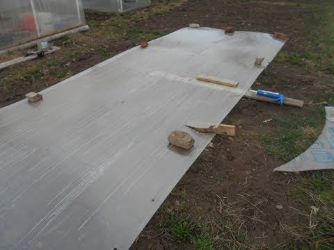 Ремонт сотового поликарбоната теплицы .Сломало снегом зимой.Как клеить дыры и порванный поликарбонат