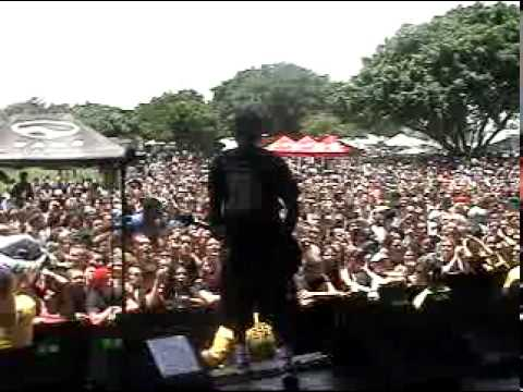 Sum 41 at Vans Warped Tour 2001 - Fat Lip