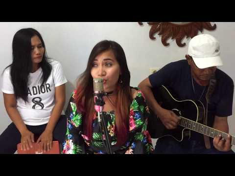 Luis Fonsi ft Daddy Yankee - Despacito (Debby Olvia Cover)