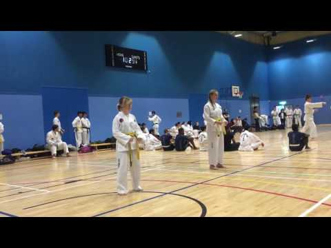 Sophie Brocklehurst vs. Mimi Woods Patterns