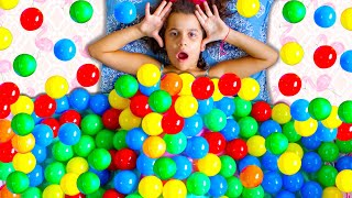 CHUVA DE BOLINHAS COLORIDAS ⭐️ Sarah Colored Balls everywhere