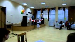 Ариша Шарапова День мамы К Д Ц-Новохопёрск 2013 г.