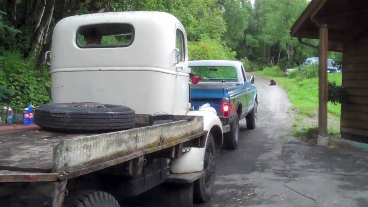 1946 Chevy 2 Ton Cab Over Engine First Start in Years after Head Rebuild