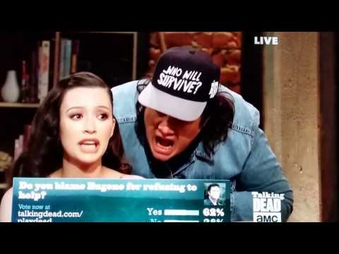 Josh McDermitt makes a hilarious surprise visit on Talking Dead