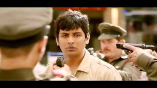 Jiiva wears Police uniform the first time in Yaan