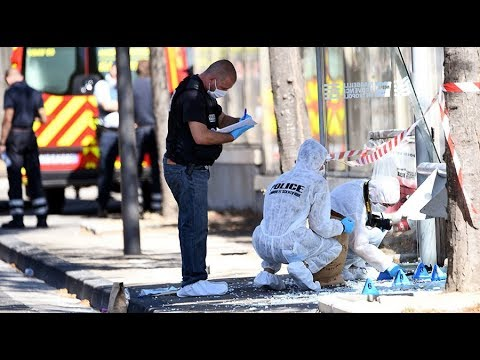 Car rams bus stops in Marseille: One person killed, another injured