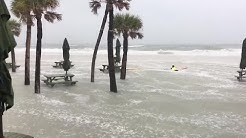 Digital Short: Water starting to flood businesses on Clearwater Beach