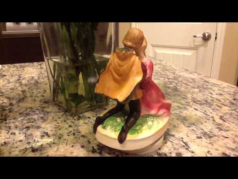 1970 Romeo & Juliet Musical Figurine - A Time for Us