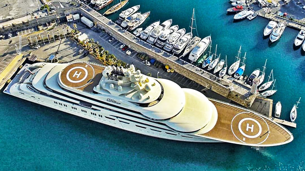 The World's Largest Yacht ($800 Million)
