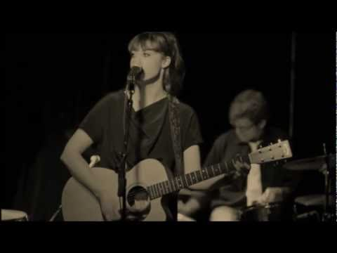 Louise Aubrie - Thorn - Official Video