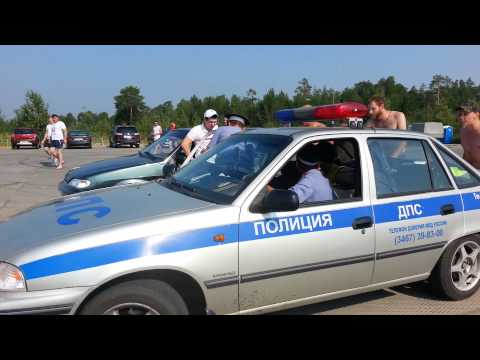 Когалым. Разборки с полицией на пляже. 28.07.13