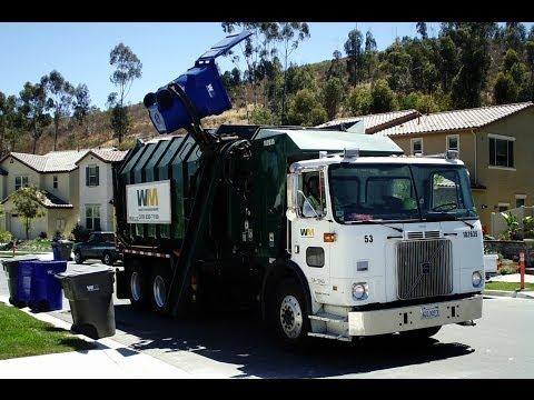 WM Waste Management - Garbage Trucks