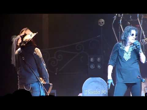 "Alice Cooper ft. Johnny Depp - ""Revolution"" (Beatles cover) - Live at Orpheum"