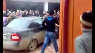 Чеченская свадьба стреляет спулимёда