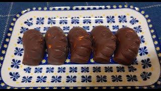 심슨 덕후는 초콜릿도 그냥 먹진 않지. Homer Si…