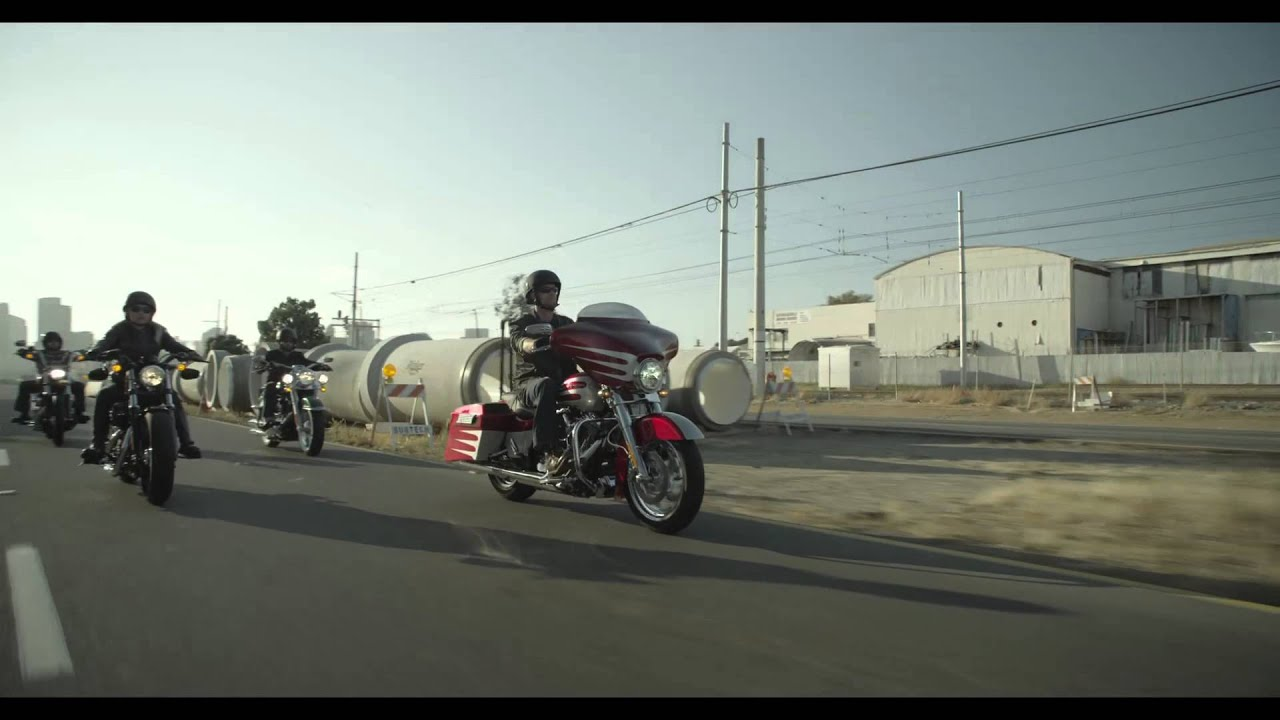 90d1593b Whiskey River Harley-Davidson's Tricked out Street Glide's - YouTube