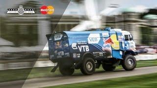 900hp Dakar Truck Destroys Soaking Wet Hillclimb!