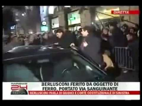 Berlusconi Agredido (Berlusconi Assaulted, Berlusconi Aggredito)