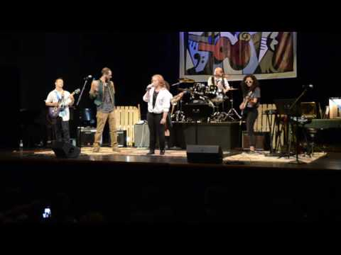 'MR. JONES' performed by Cascade School of Music Monday Night Rock Group