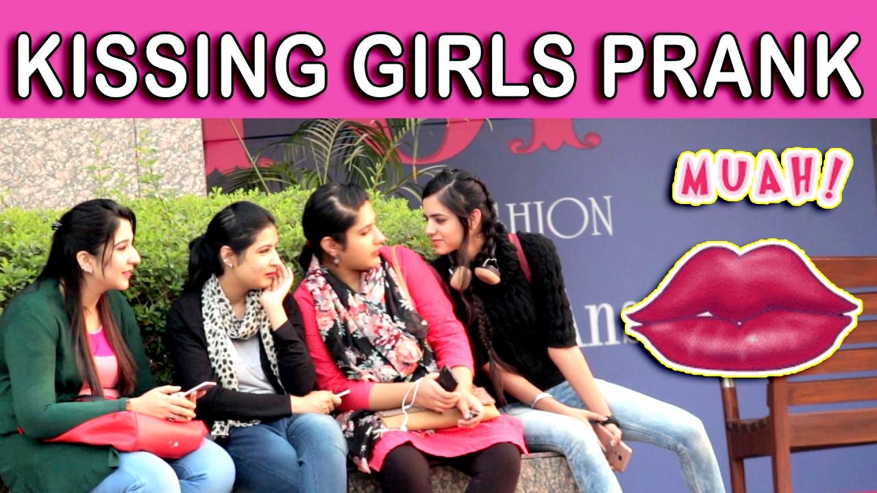 KISSING GIRLS PRANK - TST - Pranks in India