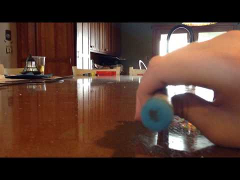Cue stick chalking tool