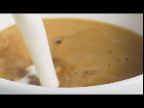 Alpro UK | Oat Flat White with Alpro Barista