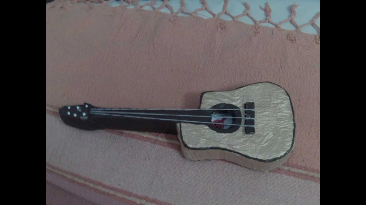 Guitarra espa ola acustica de carton youtube for Como hacer una cocina de carton