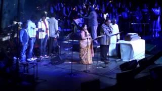 Sundari kannaal -SPB & Chitra at Ilayaraja's concert at New Jersey