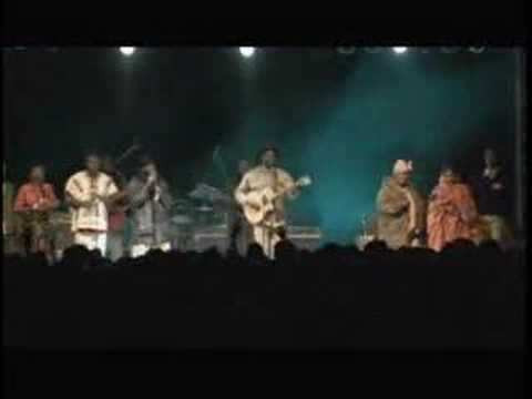 Live : Ali Farka Toure : Festival in the Desert : 2003