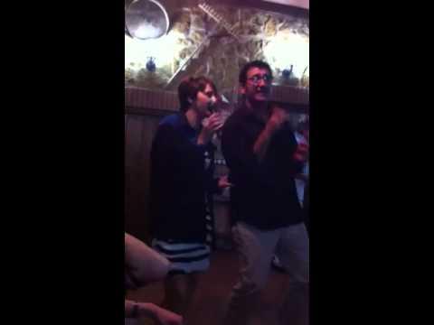 Karaoke castellanos de villiquera