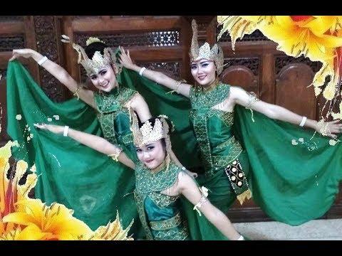 Tari Merak Peacock Dance Kreasi Baru Jawa Tengah Indonesian Dance Hd Youtube