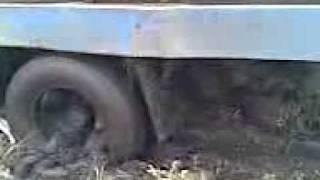 В чистом поле.3gp(Суровый балахтинский водитель., 2011-08-14T09:38:07.000Z)