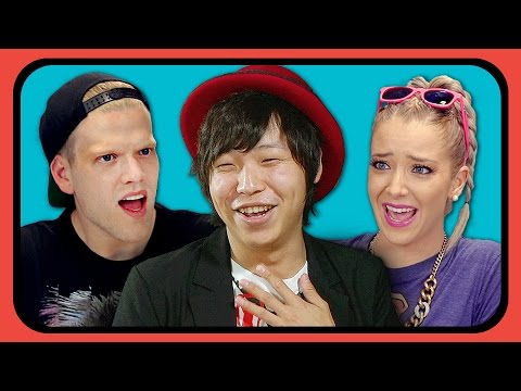 YouTubers React to Tight Pants / Body Rolls